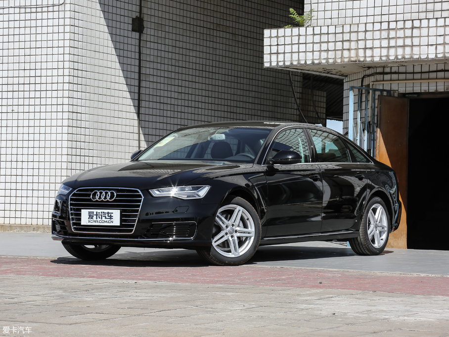 2018款奥迪A6L 30周年纪念版 TFSI 进取型