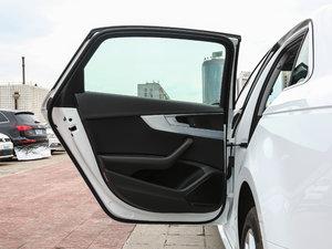 2018款30周年版 40 TFSI 时尚型 后车门