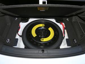 2018款30周年版 45 TFSI quattro个性运动版 备胎