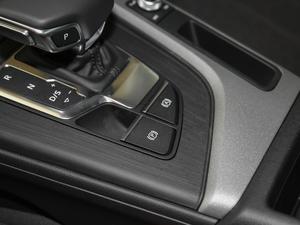2018款30周年版 40 TFSI 进取型 驻车制动器