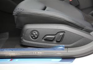 2018款30周年版 45 TFSI quattro运动型 座椅调节