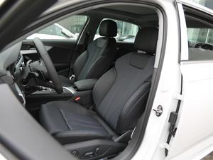 2018款30周年版 45 TFSI quattro运动型 前排座椅