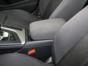 2018款30周年版 40 TFSI 进取型 空间座椅