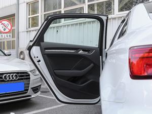 2018款30周年版 Limousine 35 TFSI风尚型 后车门