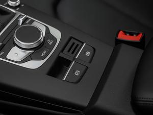 2018款30周年版 Limousine 35 TFSI风尚型 驻车制动器