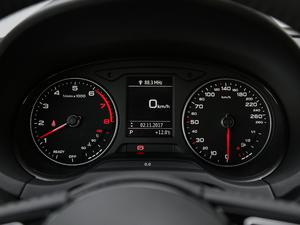 2018款30周年版 Limousine 35 TFSI风尚型 仪表