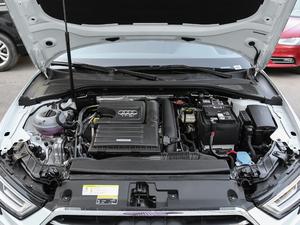 2018款30周年版 Limousine 35 TFSI风尚型 发动机