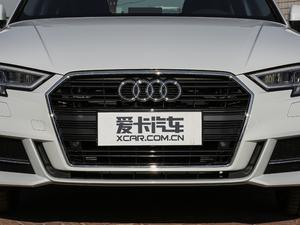 2018款30周年版 Limousine 40 TFSI运动型 中网