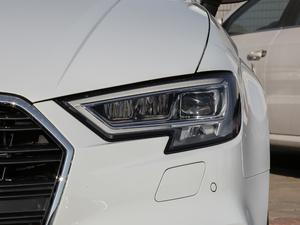 2018款30周年版 Limousine 40 TFSI运动型 头灯