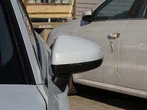 2018款30周年版 Limousine 40 TFSI运动型 后视镜