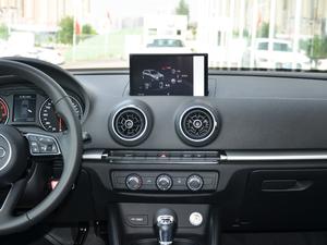 2018款30周年版 Sportback 35 TFSI进取型 中控台