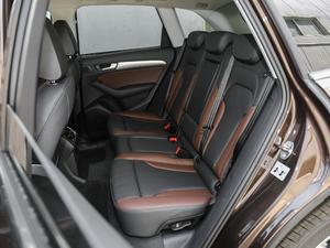 2018款典藏版 40 TFSI 技术型 后排座椅