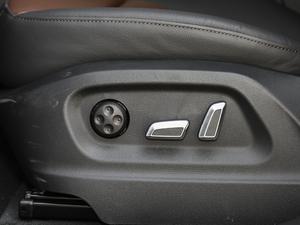 2018款典藏版 40 TFSI 进取型 座椅调节