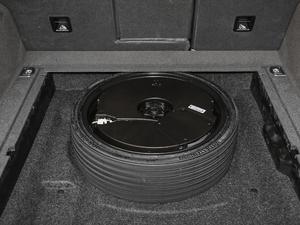 2018款典藏版 40 TFSI 进取型 备胎