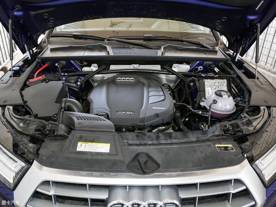 2018款奥迪Q5L45 TFSI 尊享豪华运动型