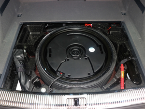 2018款45 TFSI 尊享风雅型 备胎