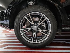 2018款45 TFSI 尊享时尚型 轮胎