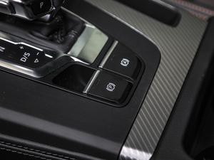 2018款45 TFSI 尊享时尚型 驻车制动器