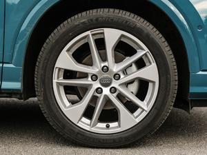 2019款35TFSI 豪华致雅型 轮胎