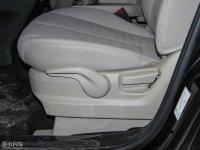 空间座椅马自达8座椅调节