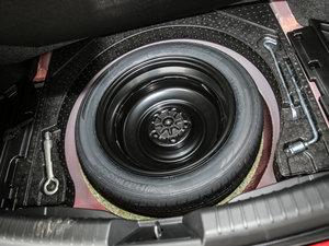 2017款2.5L 蓝天至尊型 备胎
