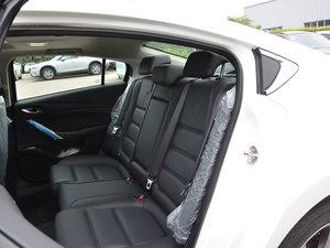 2017款2.5L 蓝天运动版 后排座椅