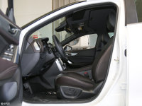 空间座椅马自达CX-4前排空间
