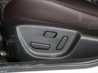 空间座椅马自达CX-4座椅调节