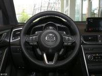 中控区马自达CX-4方向盘