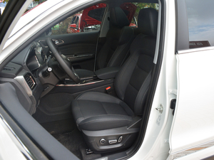 2018款1.5T DCT旗舰型5座 前排座椅