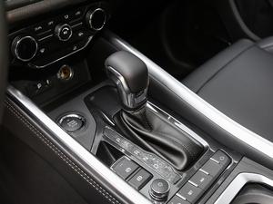 2018款1.5T DCT豪华型5座 变速挡杆