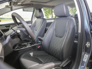 2018款1.5T CVT睿色版 前排座椅