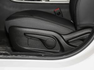 2018款1.5T CVT型色版 座椅调节