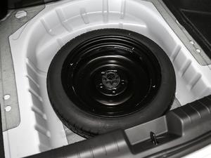 2018款1.5T CVT型色版 备胎