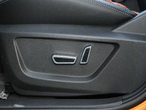 2019款1.5L CVT智耀型 座椅调节