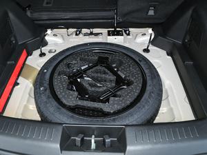 2019款1.5L CVT智耀型 备胎