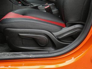 2017款1.5L CVT尊贵版 座椅调节