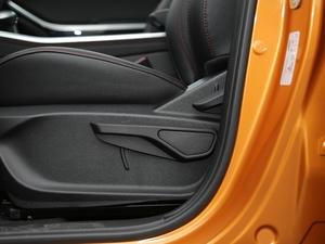 2017款1.5TCI DCT精英型 座椅调节