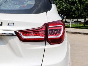 2017款1.6L 自动铂锐版 尾灯