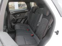 空间座椅陆风X7后排座椅