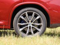 细节外观宝马X4轮胎
