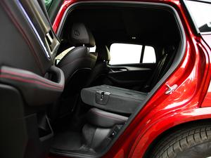 2018款xDrive 30i M运动套装 后排座椅放倒