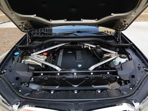2019款xDrive40i 尊享型 M运动套装 发动机