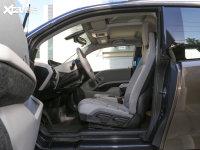 空间座椅宝马i3前排空间