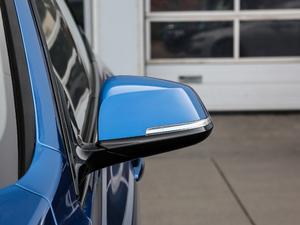 2019款330i xDrive M 运动型 后视镜