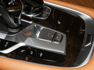 2019款750Li xDrive 驻车制动器