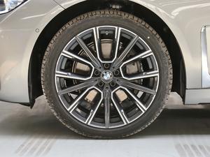 2019款740Li 尊享型 M运动套装 轮胎