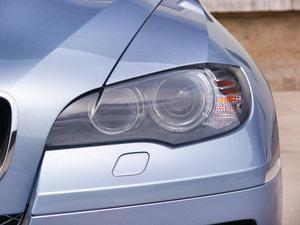 2010款4.4T 头灯