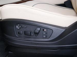 2010款4.4T 座椅调节