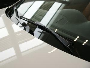 2011款335i 敞篷轿跑车 雨刷